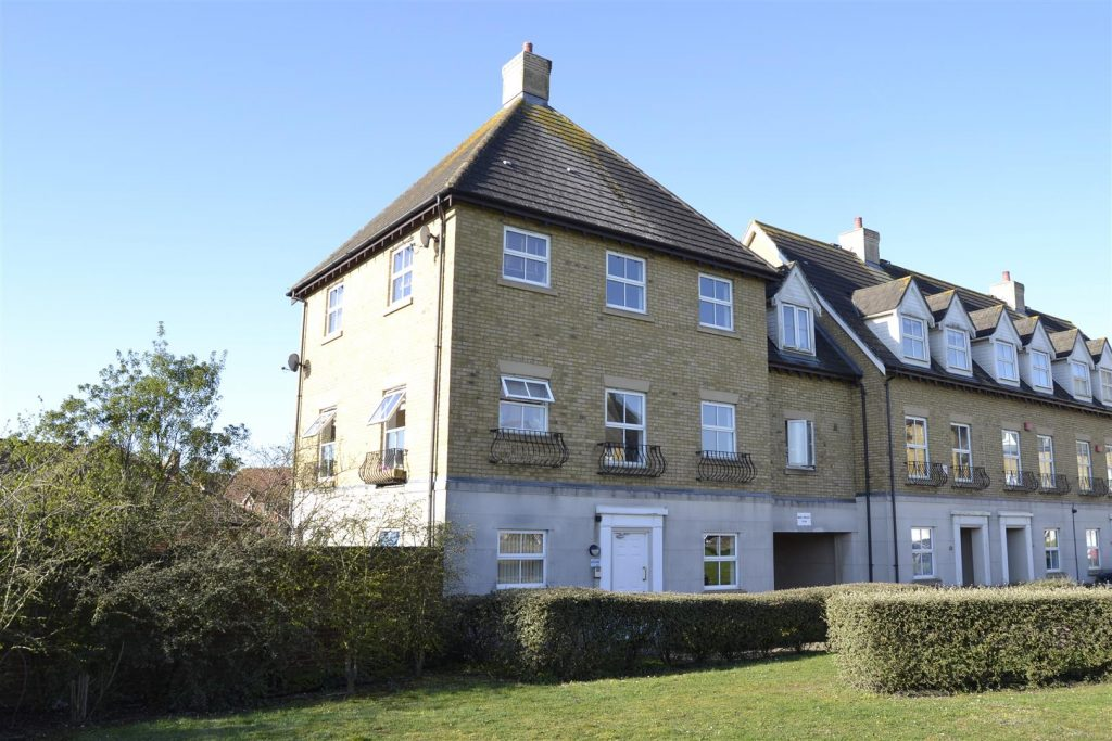 Robin Crescent, Stanway, Colchester